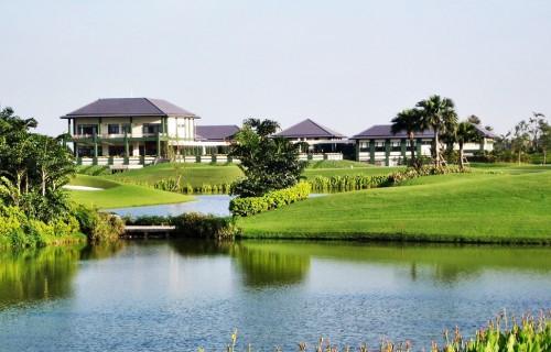 Van Tri Golf Club (18 holes)