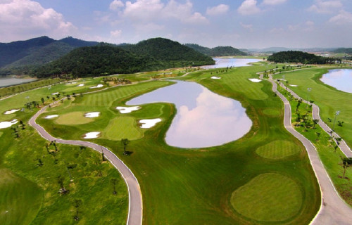 BRG Legend Hills Golf Resort (18 holes)