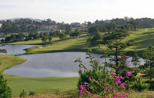 Dalat Palace Golf Club (18 holes)