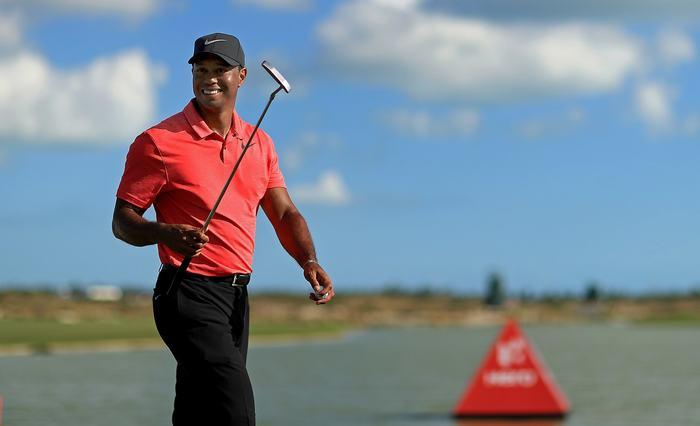 Tiger Woods ở vị trí thứ 2 với 1,65 tỷ
