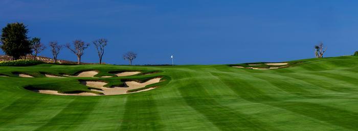 Sân golf 9 hố do huyền thoại Greg Norman thiết kế chuẩn bị được ra mắt