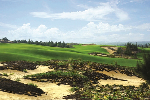 FLC Quy Nhon Mountian Course hole 18 (Brian Curley)